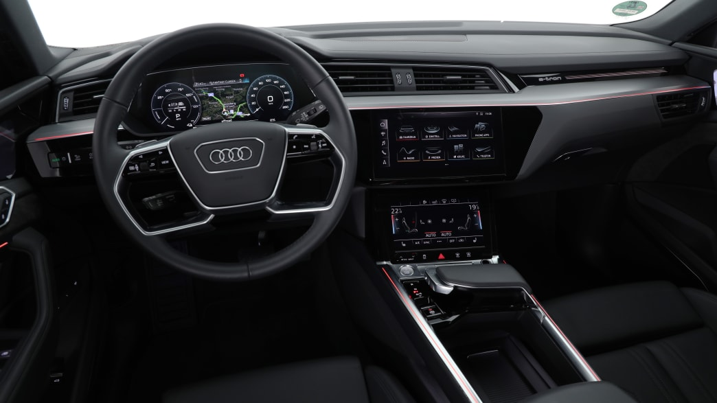 Vergleichstest Audi E-Tron Cockpit