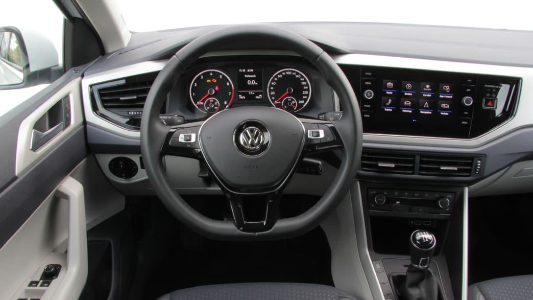 VW Polo Cockpit