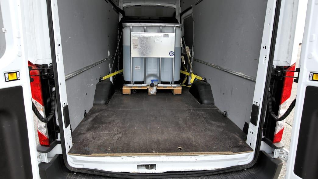 Wassertank im Kleintransporter