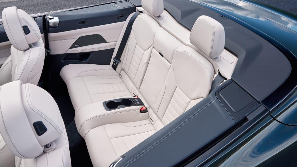 Die Lederrückbank eines BMW 4er Cabrio