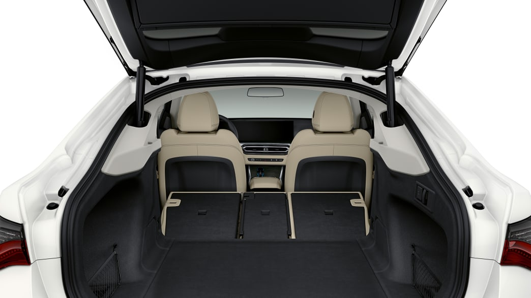Kofferraum des BMW i4