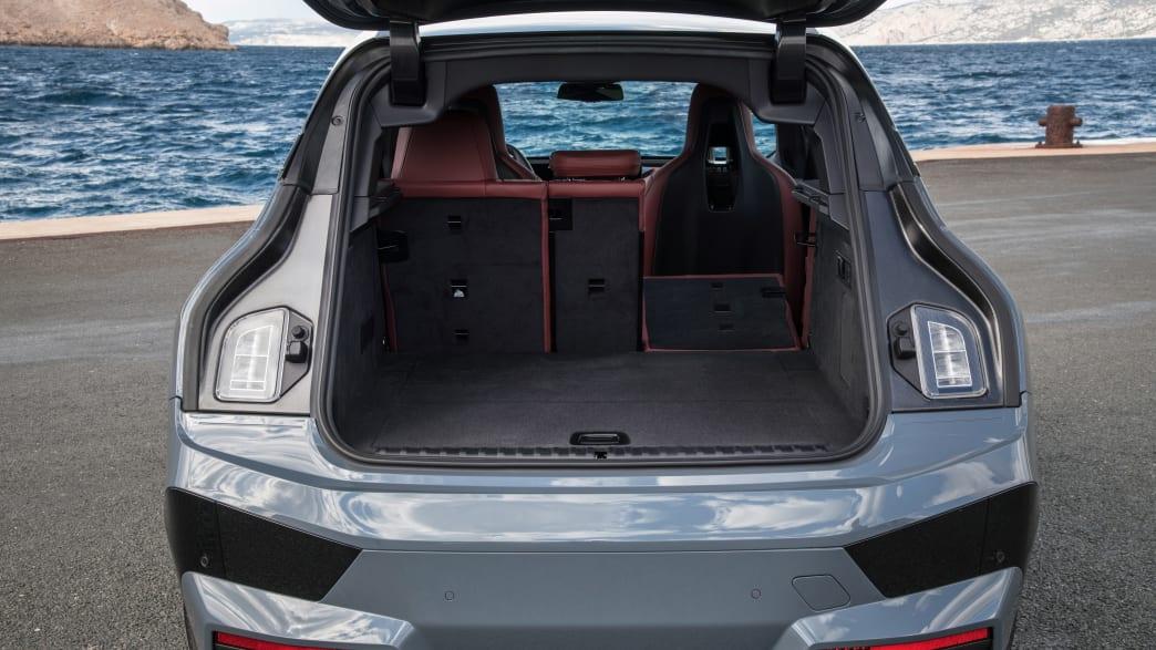 Kofferraum des BMW iX