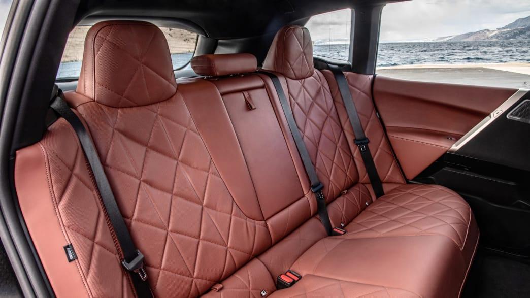 Rückbank des BMW iX