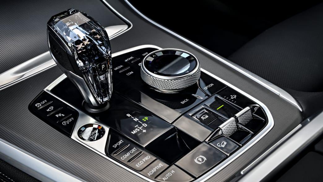 Schalthebel des BMW X5 Models von 2018