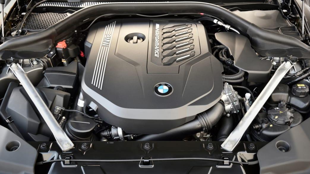 Blick auf den Motor des BMW Z4 Models von 2018