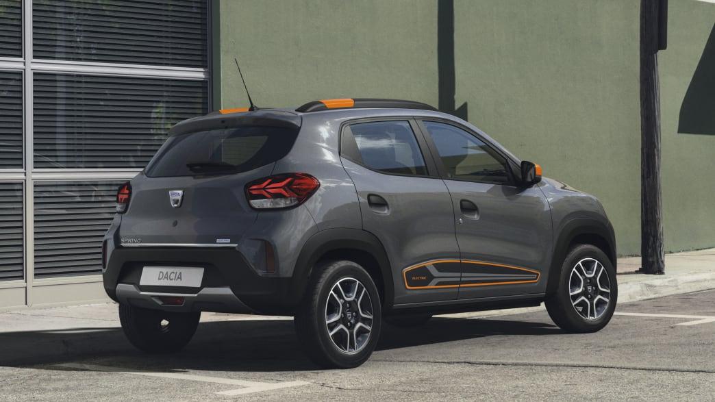 Heckansicht des Dacia Spring Electric