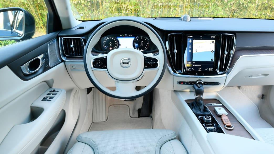Cockpit eines Volvo V60