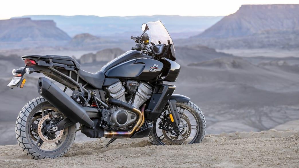 Eine Harley-Davidson Pan America in der Seitenansicht