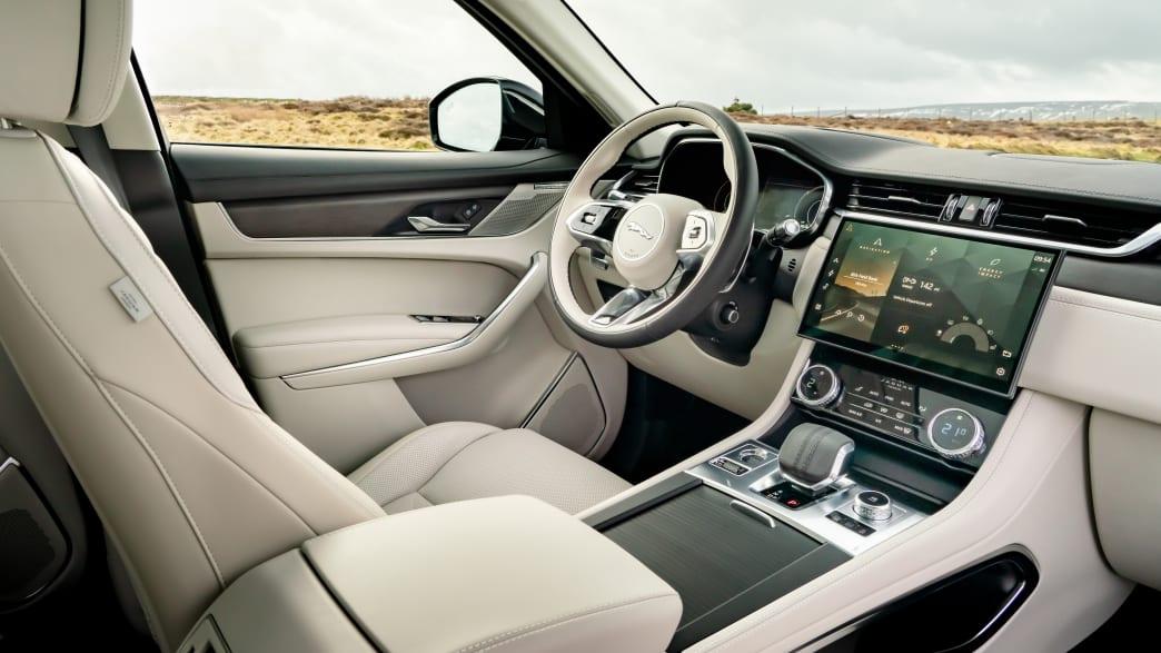 Cockpit vom Jaguar F-Pace