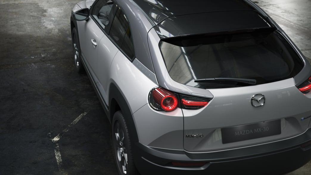 Blick auf den Mazda MX-30 von oben