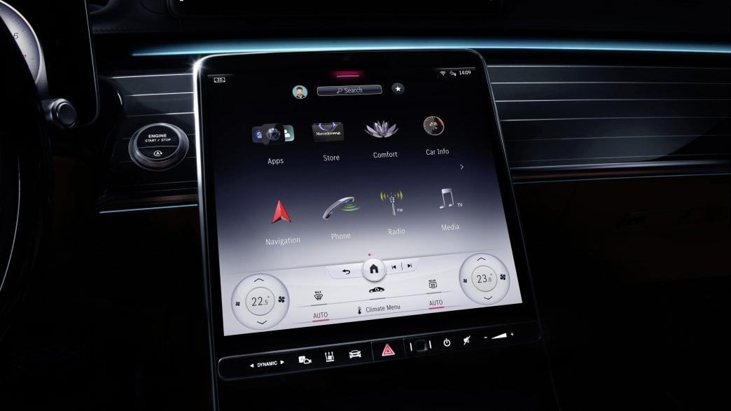 Menü am Display der Armatur der neuen Mercedes S-Klasse