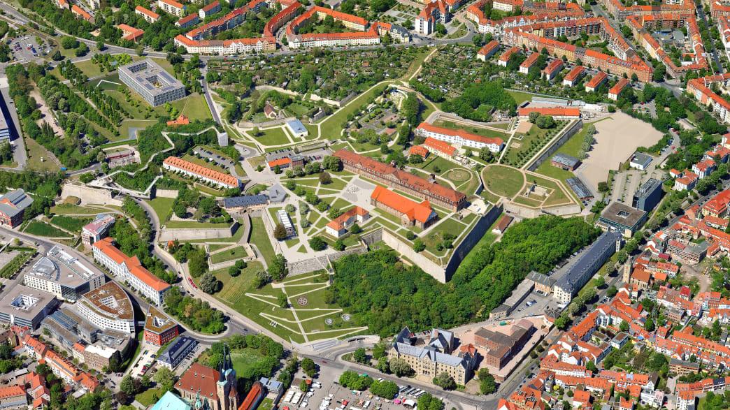 Luftaufnahme des Petersberg in Erfurt