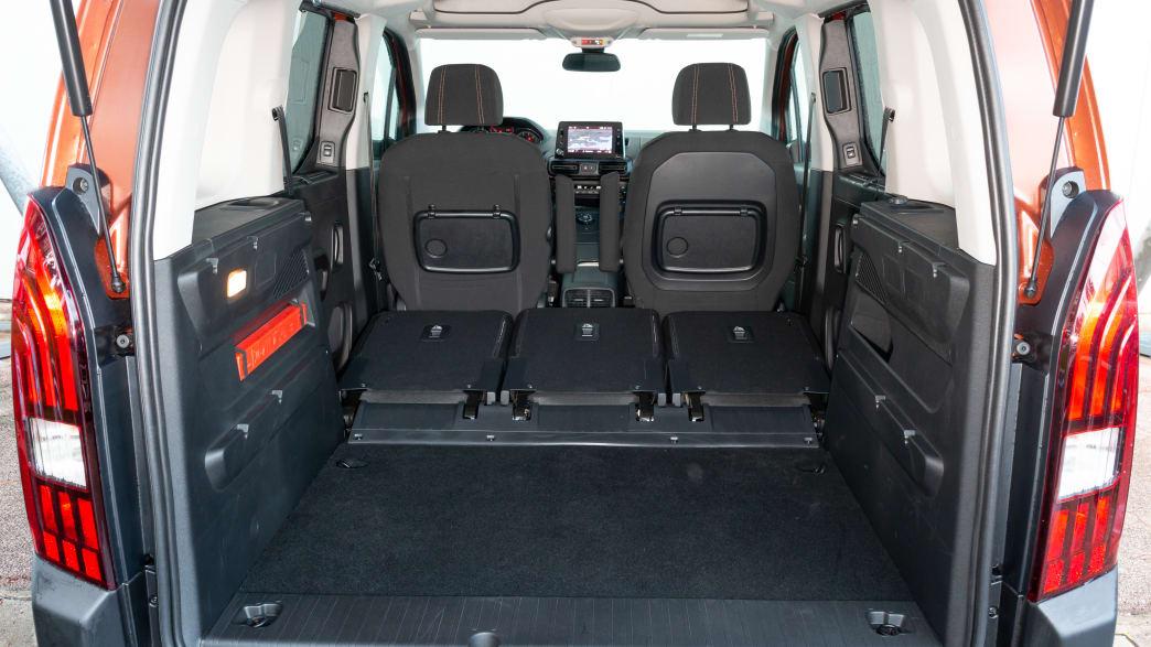 Blick in den Kofferraum des Peugeot Rifter