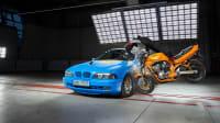 Crash eines Motorradfahrers mit Dainese-Airbag-Jacke beim ADAC Motorrad-Airbag-Jacken-Testbeim ADAC Motorrad-Airback-Jacken-Test