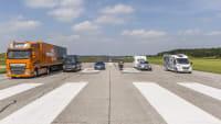 Bremswege Vergleich mit verschiedenen motorisierten Fahrzeugen