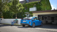 Der Toyota Prius, ein Plug-in-Hybrid, im Vergleichstest der alternativen Antriebe