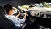 Lucas di Grassi am Steuer des Audi e-tron GT
