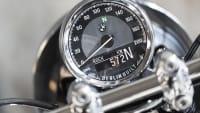 Der Tacho von dem Motorrad BMW R18