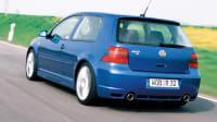 Ein VW Golf in Fahrt mit DSG Getriebe