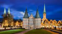 Lübeck glänzt im Advent mit mehreren Märkten in der Altstadt