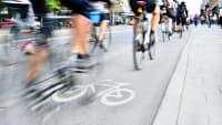 Vielbefahrener Radweg in der Stadt