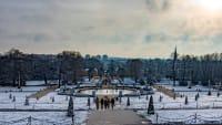 Verschneiter Schlosspark Sanssouci in Potsdam im Winter