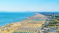 Luftaufnahme vom Strand von Rimini