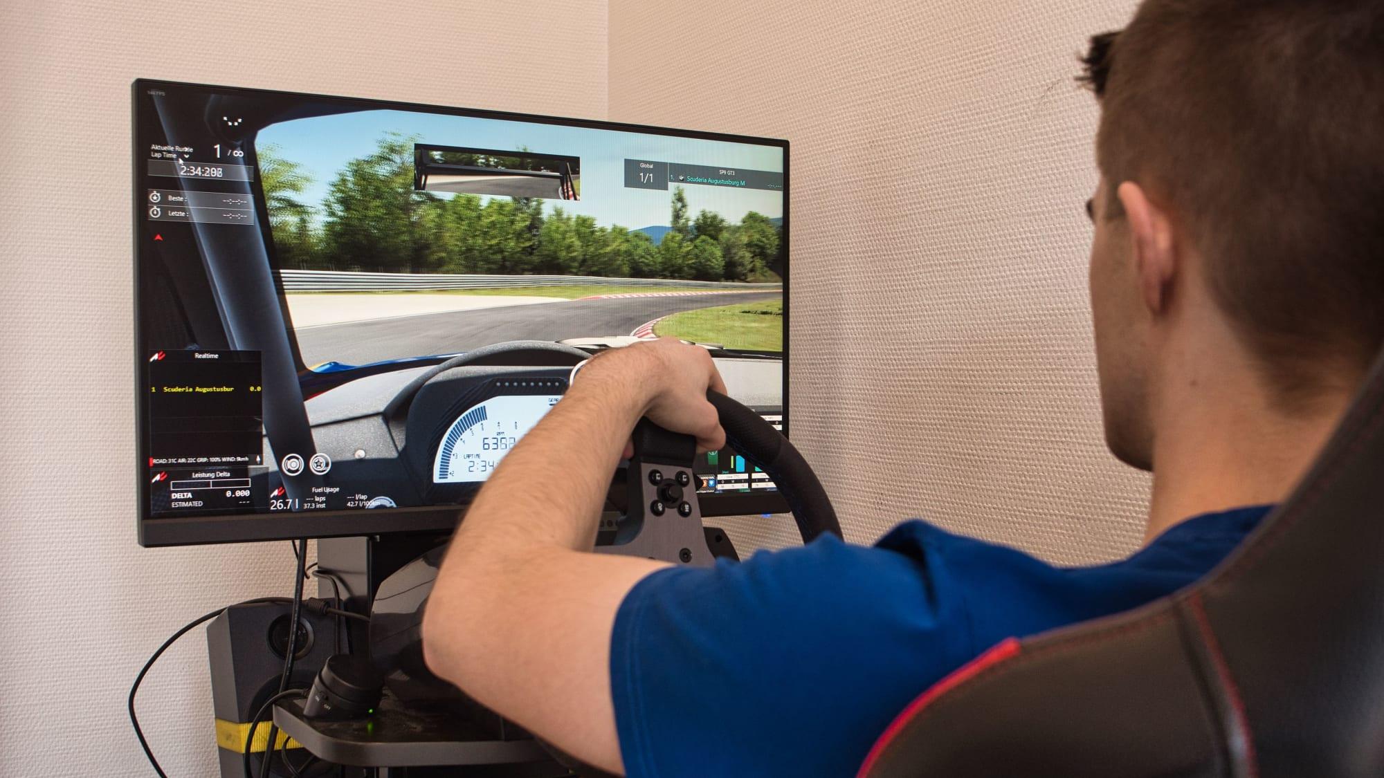 Der Sim-Racing-Simulator im ADAC Ortsclub Scuderia Augustusburg Brühl