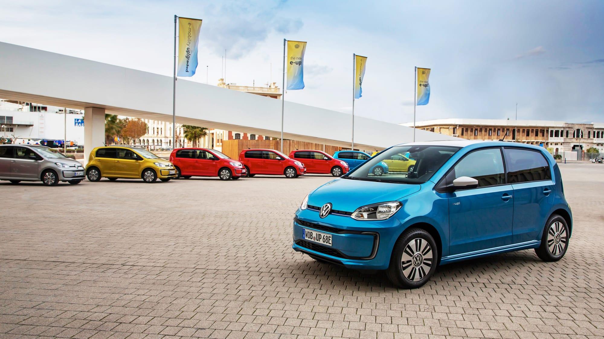 VW E-Ups stehen zum Verkauf