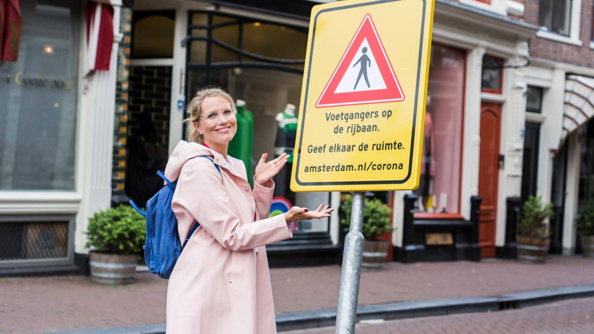 Stadtführerin Theresa in Amsterdam