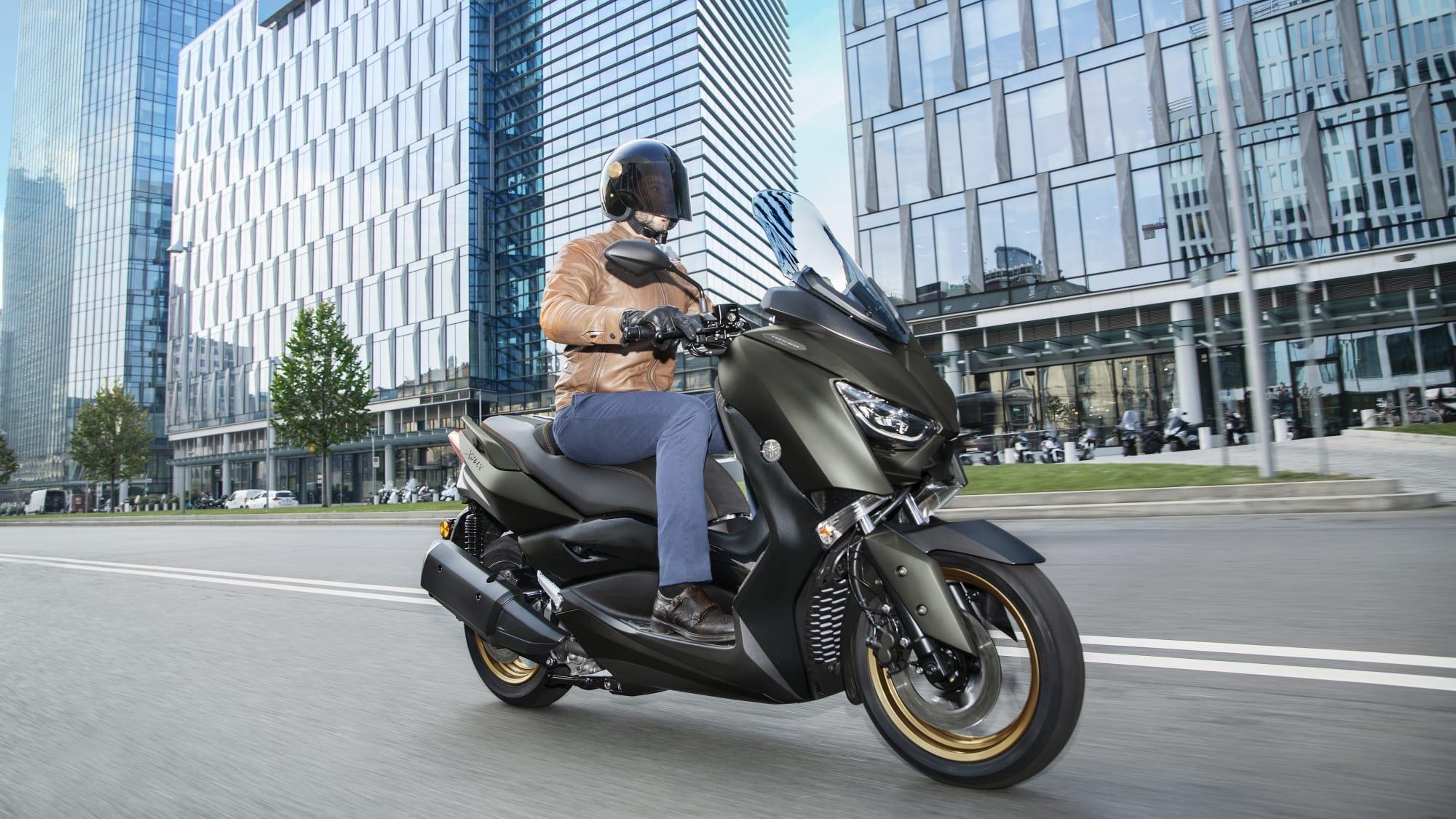 Der neue  Scooter von Yamaha XMAX 300