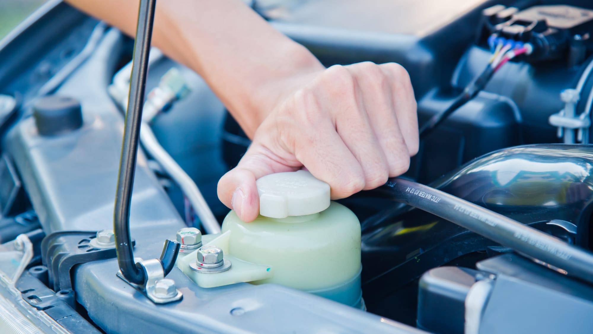 Kühlmittel im Auto