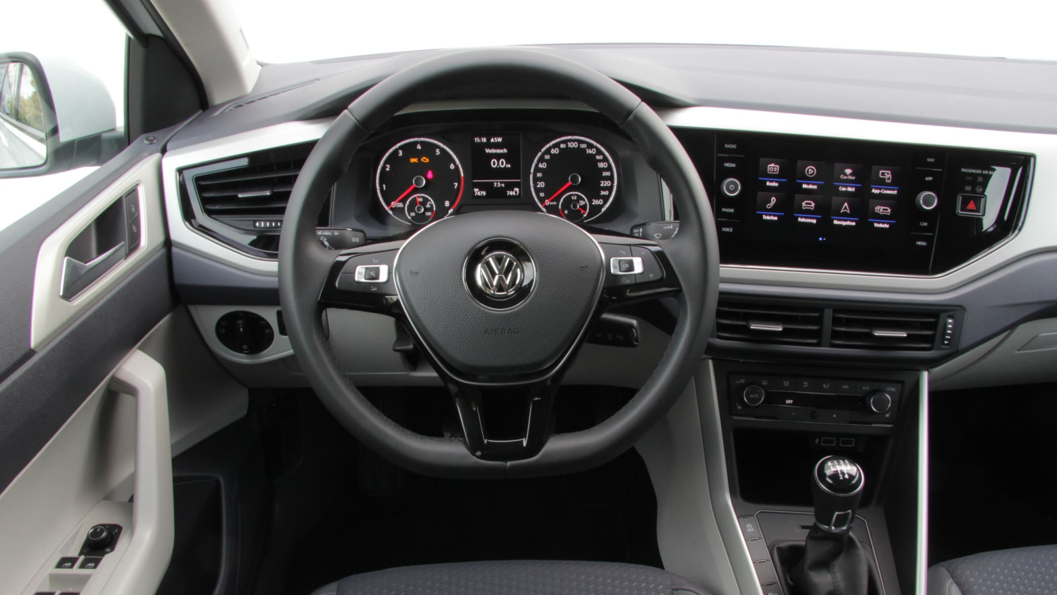 VW Polo Cockpit