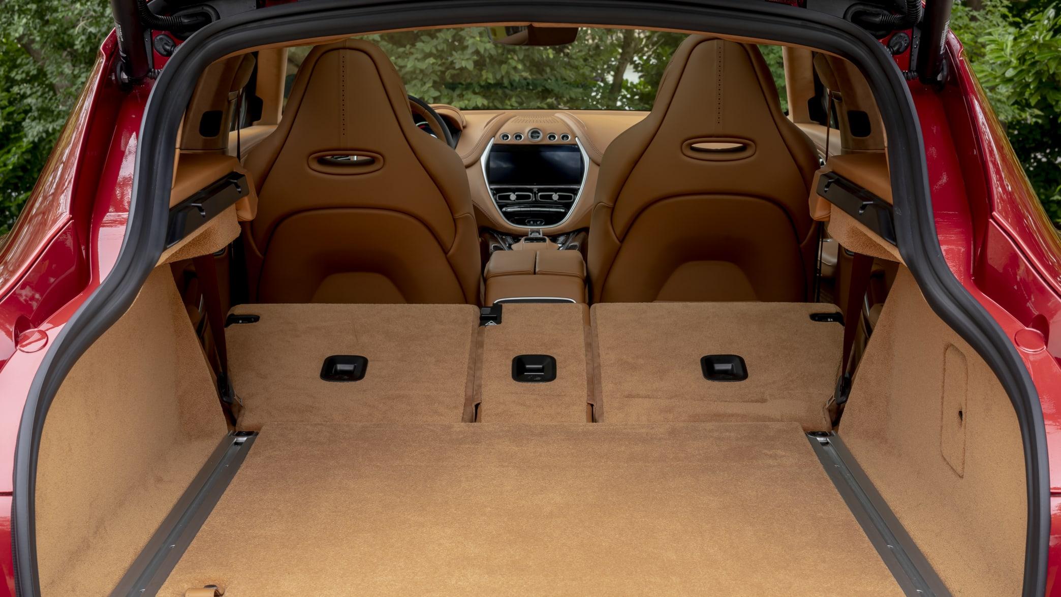 Aston Martin DBX Kofferraum
