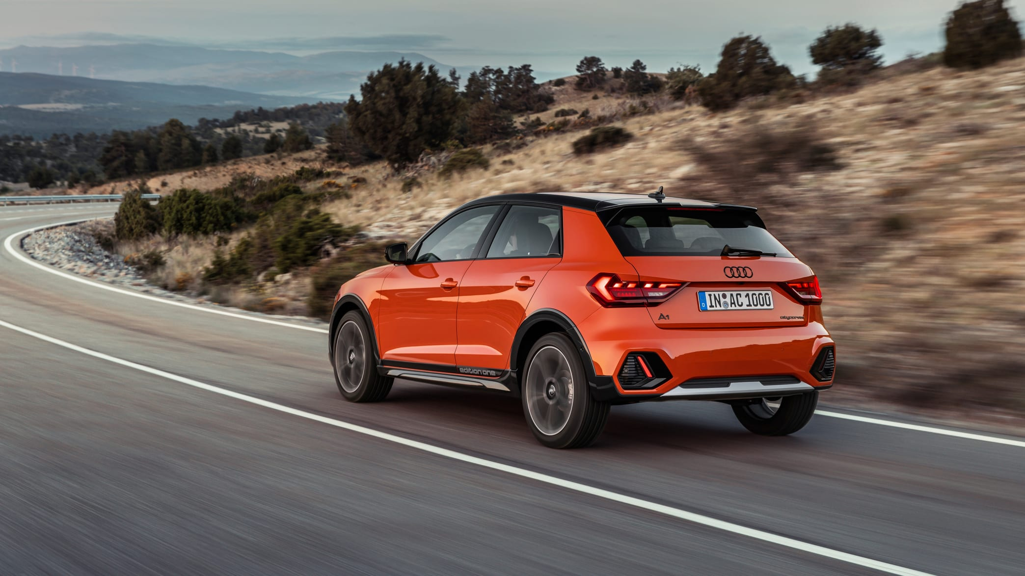 Audi A1 Citycarver fahrend