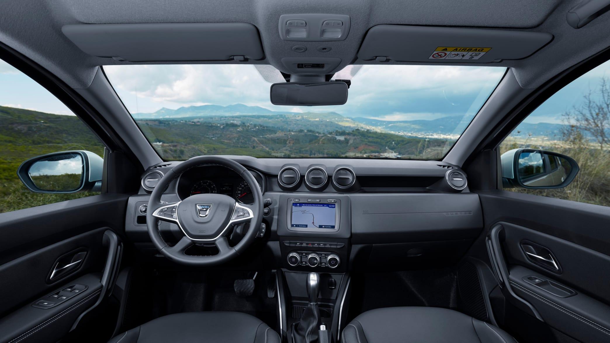 Cockpit eines Dacia Duster