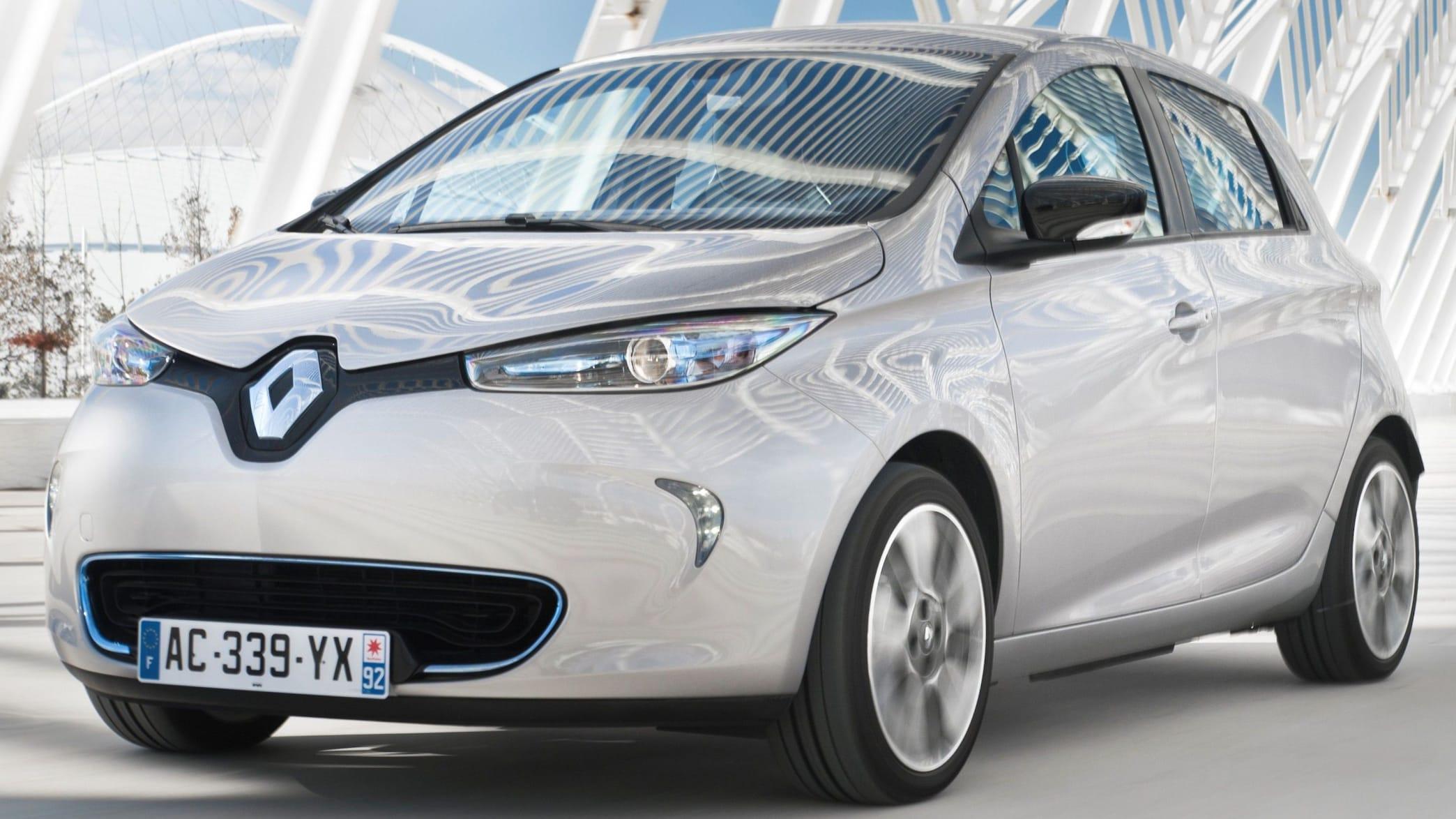 Renault Zoe stehend von vorne