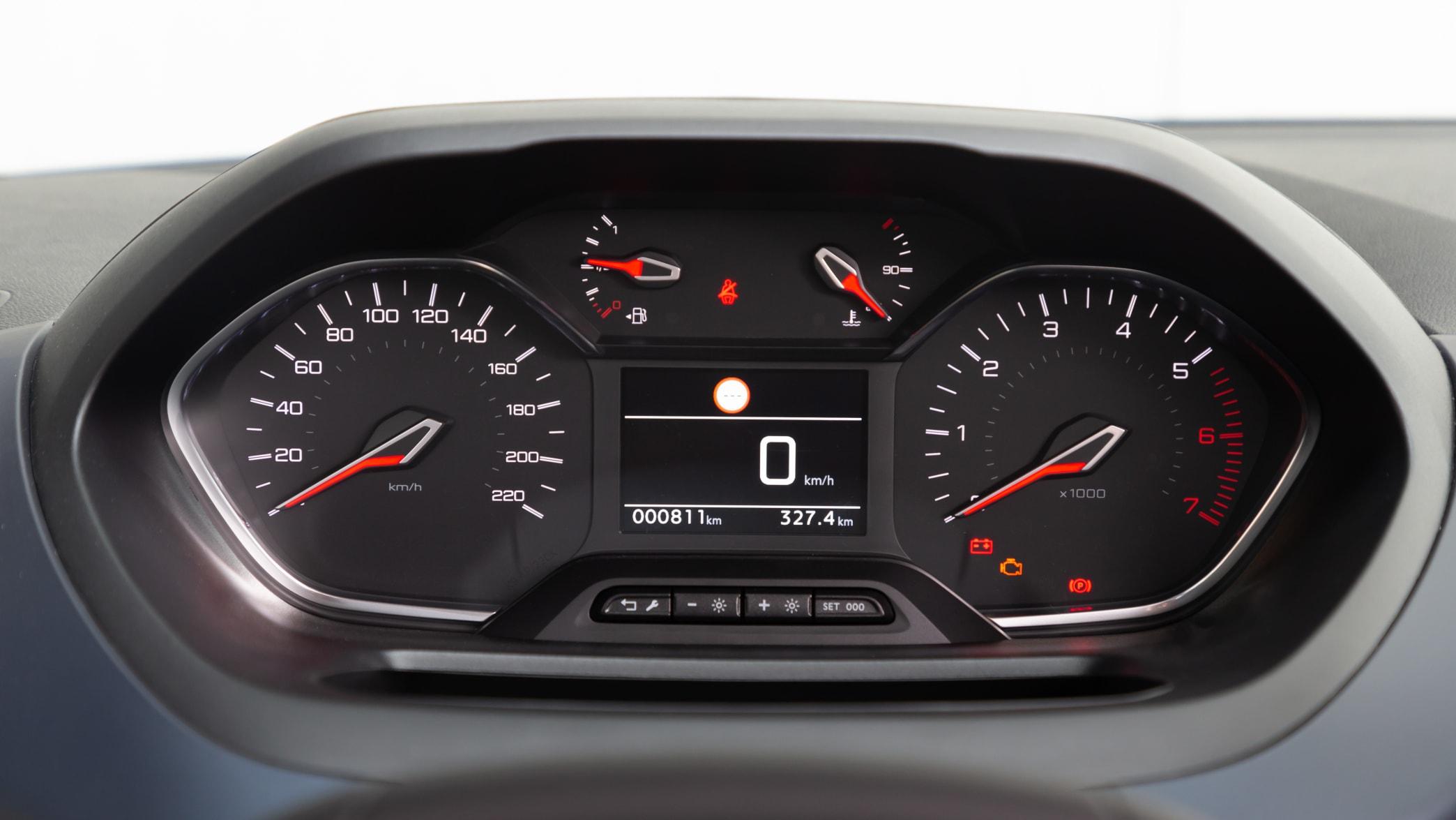 Armaturenbrett des Peugeot Rifter