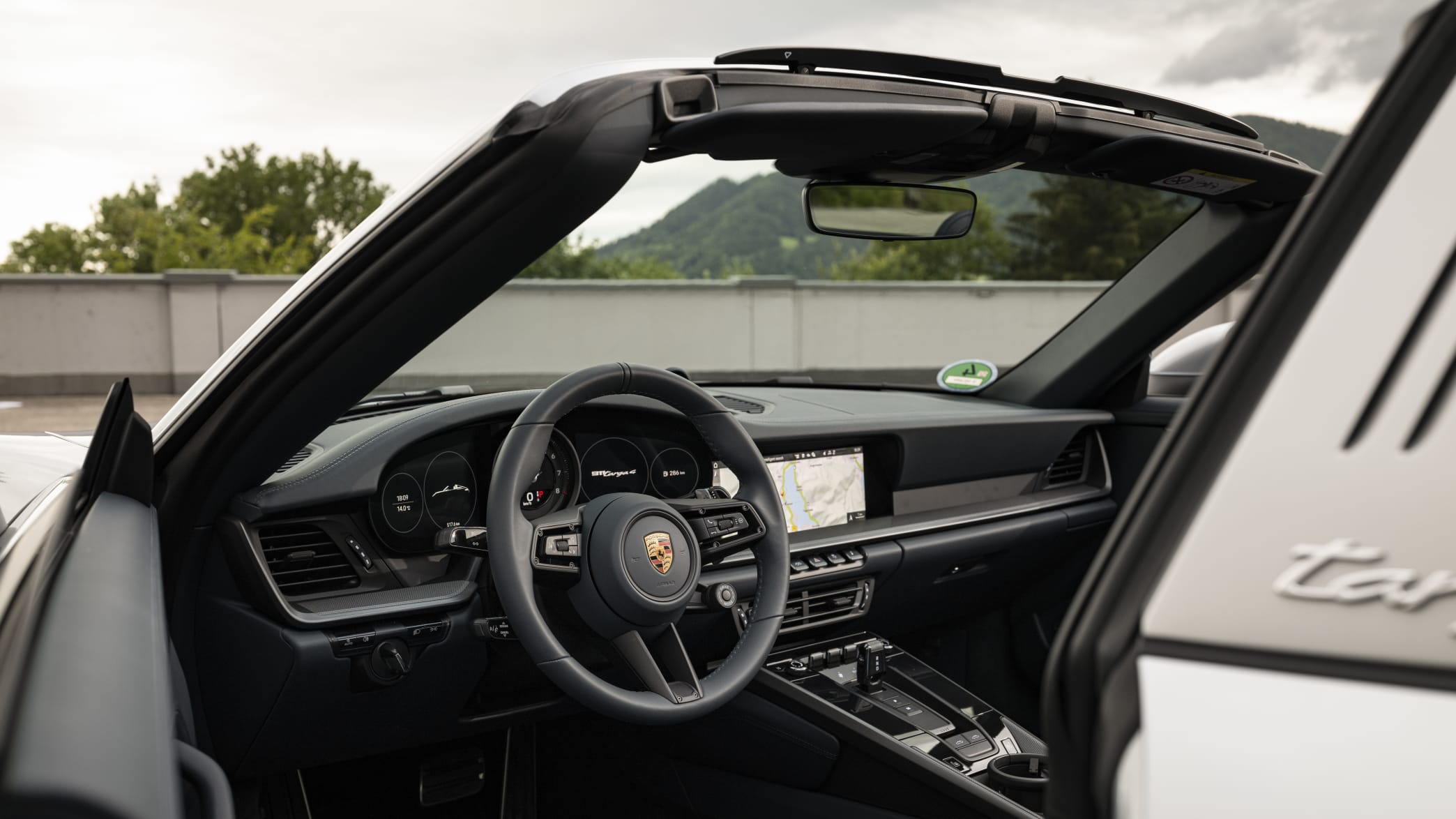 Cockpit des Porsche 911er Targa