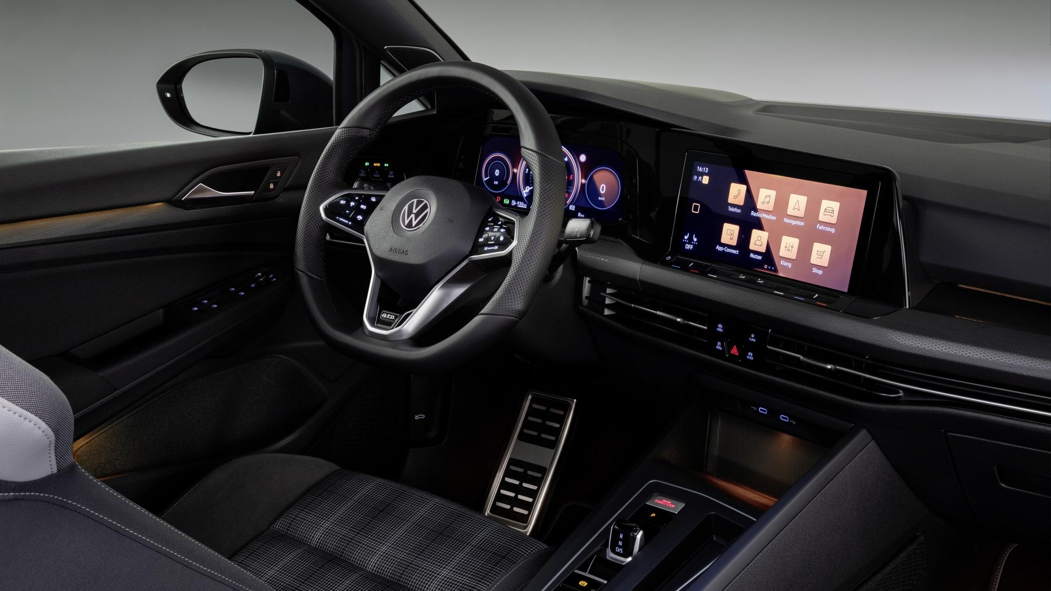 Das Cockpit des neuen VW Golf GTD