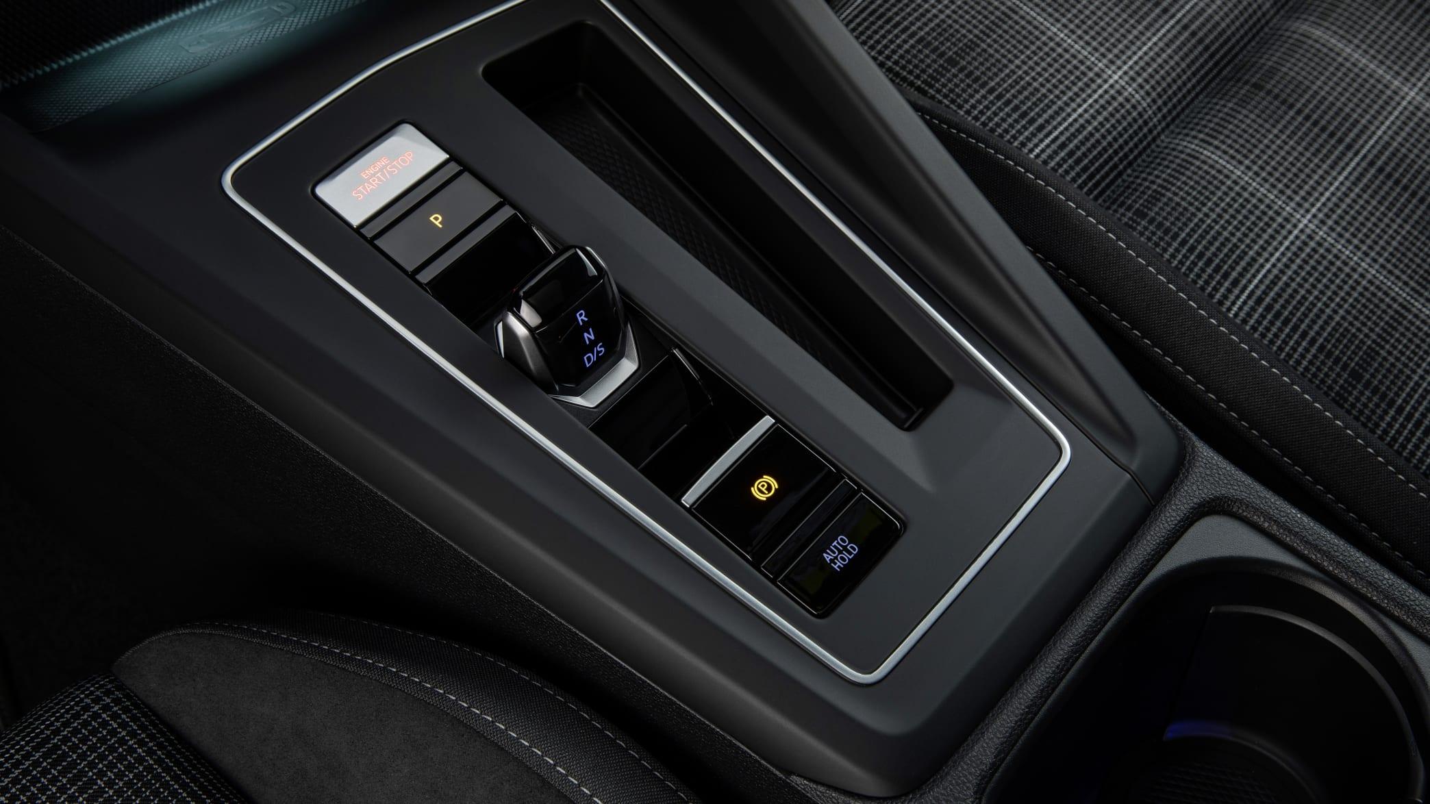 Der Automatik-Schalt-Hebel des neuen Golf GTD