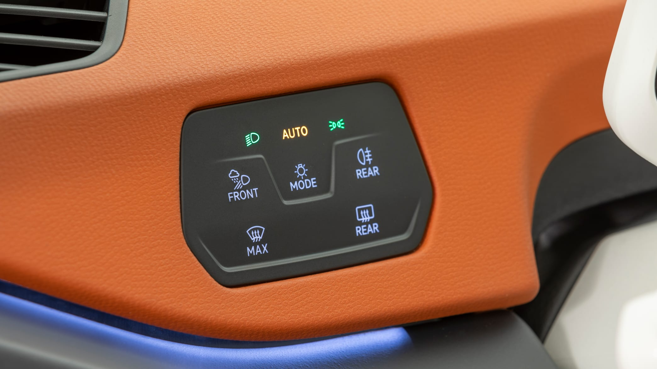 Beleuchtung und Heckscheibenheizung eines VW ID.3