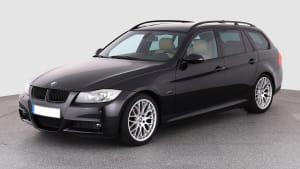 3er BMW Modell E91 stehend