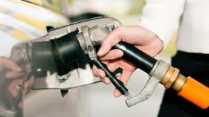 Close-Up vom Autogas-Tankstutzen bei m Tanken