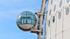 Kabine des Aufzugs am SkyView in Stockholm