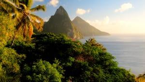 Pitons auf der Insel St. Lucia in der Karibik