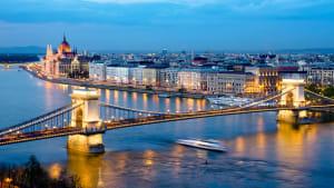 Budapest zur Blauen Stunde