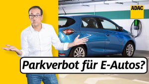 ADAC Jurist STefan Bergmann klärt über das geplante Parkverbot in Tiefgaragen für E-Autos auf