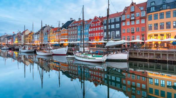 Schiffe in Nyhavn in Kopenhagen