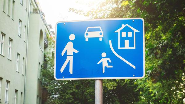 Schild einer Spielstraße